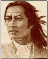 Túpac Amaru. Sus restos descansan en Cuzco, donde fue asesinado oficialmente por los invasores españoles colonizantes que pretendían seguir sojuzgando, manipulando, explotando y esclavizando a la etnia local de los originarios. Mataron a toda su familia a su vista, antes de asesinarlo a él.