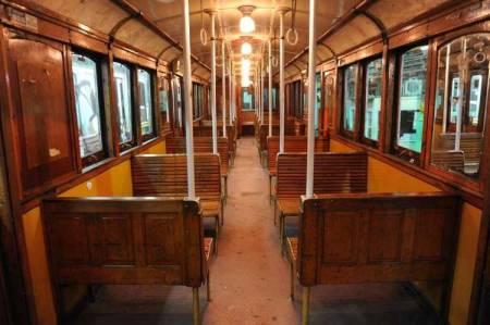 Viejos-vagones-interior-Juan-Foglia_CLAIMA