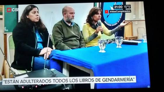 Santi Maldonado libros adulterados de Gendarme